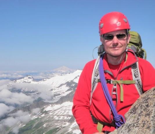 mountain climbing washington