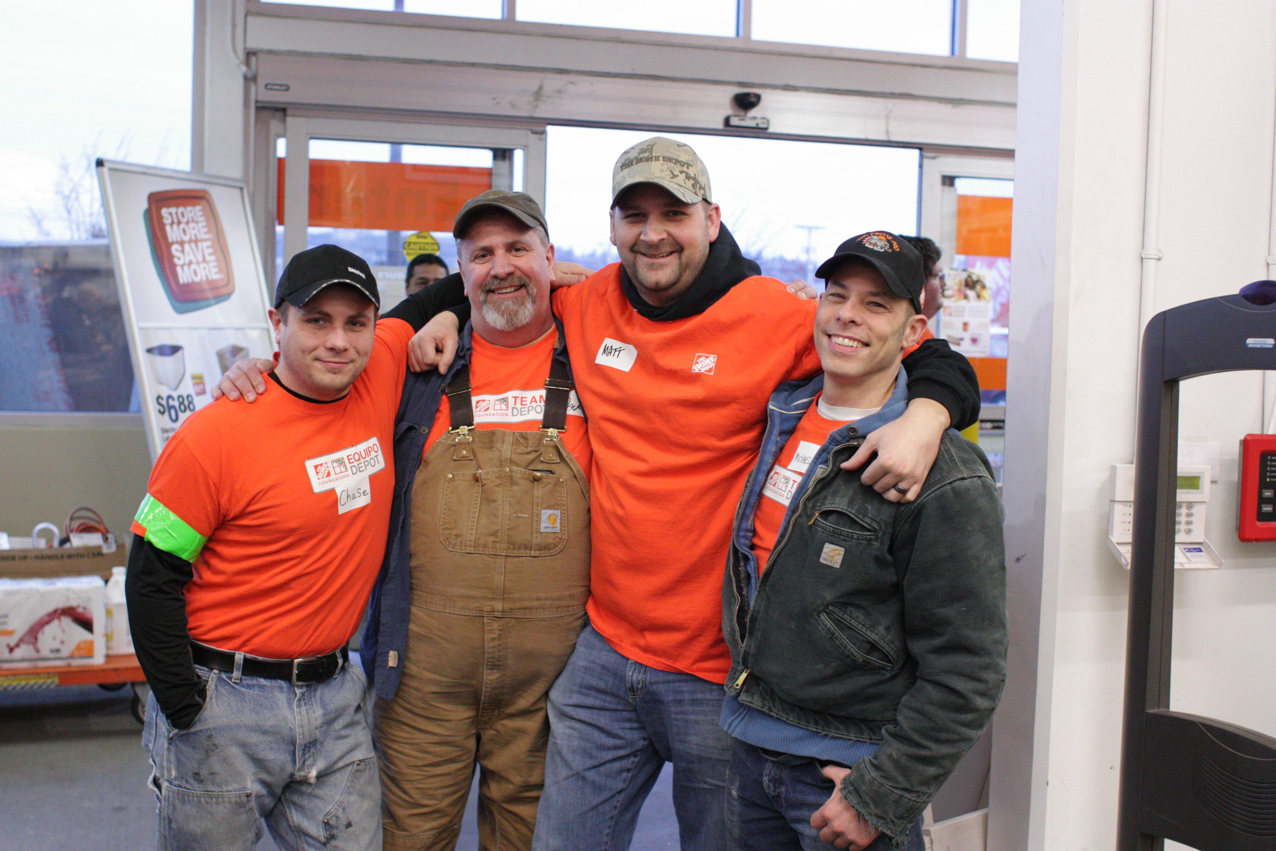 Home Depot Corrals Volunteers To Showcase The Spirit Of The Harbor Graysharbortalk