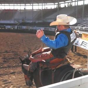jake davis bull riding