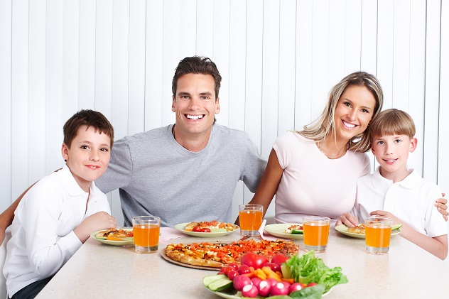 Eat out with the kids at family friendly restaurants for Kid friendly restaurants