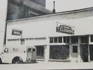Economy cleaners hoquiam