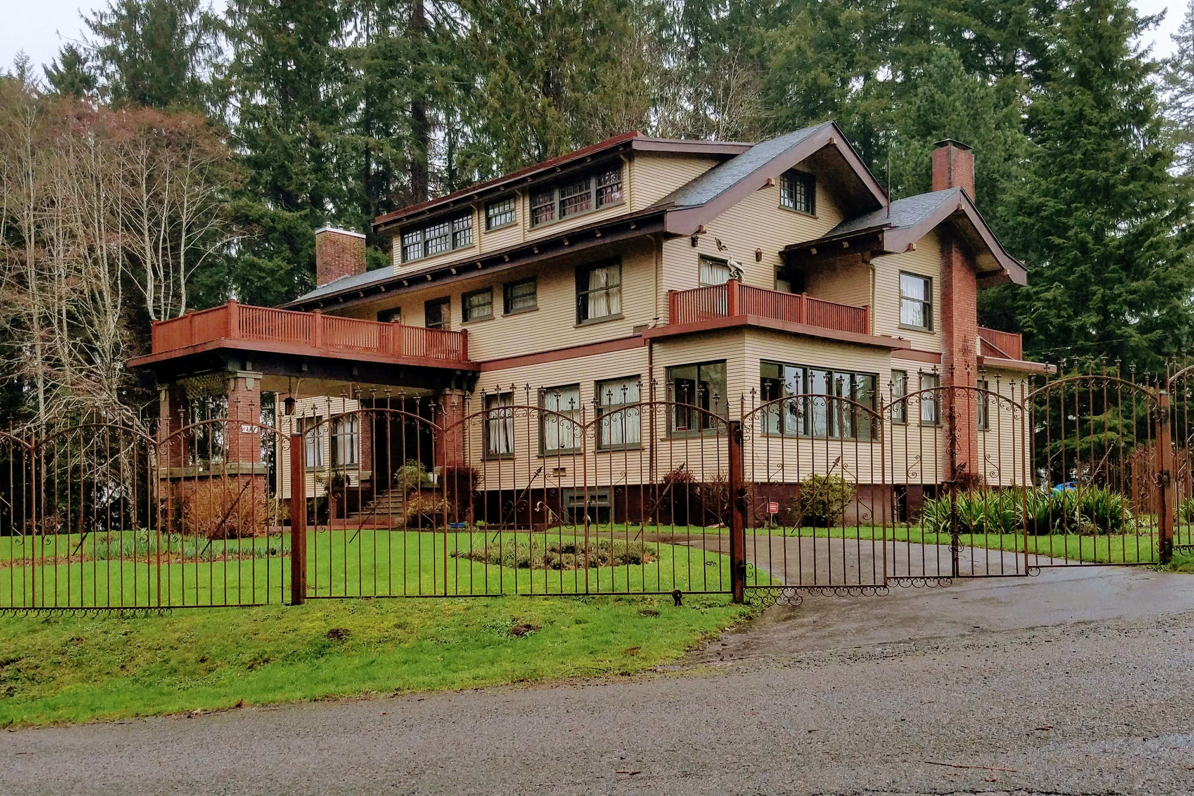 Grays Harbor Historic Homes Cooney Mansion Cosmopolis Historic Home