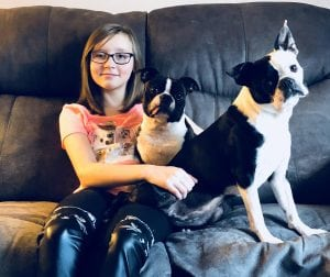 Alyssa Caskey Paws of Grays Harbor alyssa with pet dogs