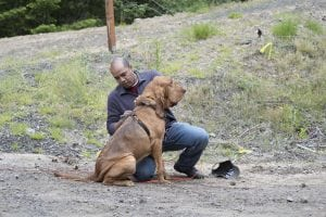 grays harbor volunteer search and rescue mike with bloodhound radar
