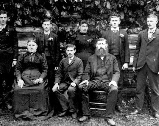 John Turnow and Family around 1895