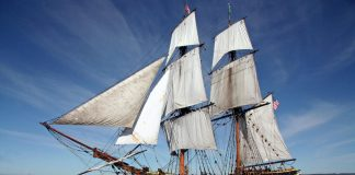 Aberdeen Lady Washington at sea