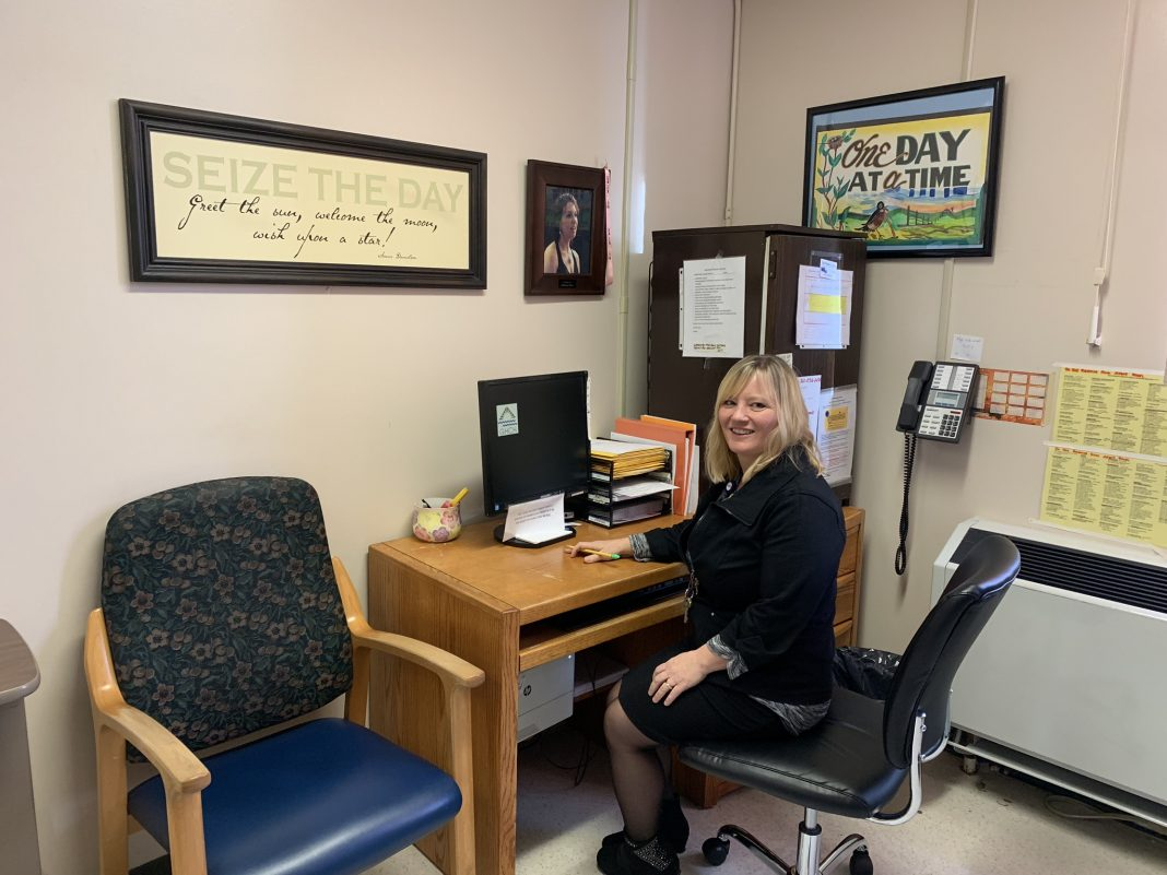 Grays Harbor Community Hospital CUPS Tracie at desk