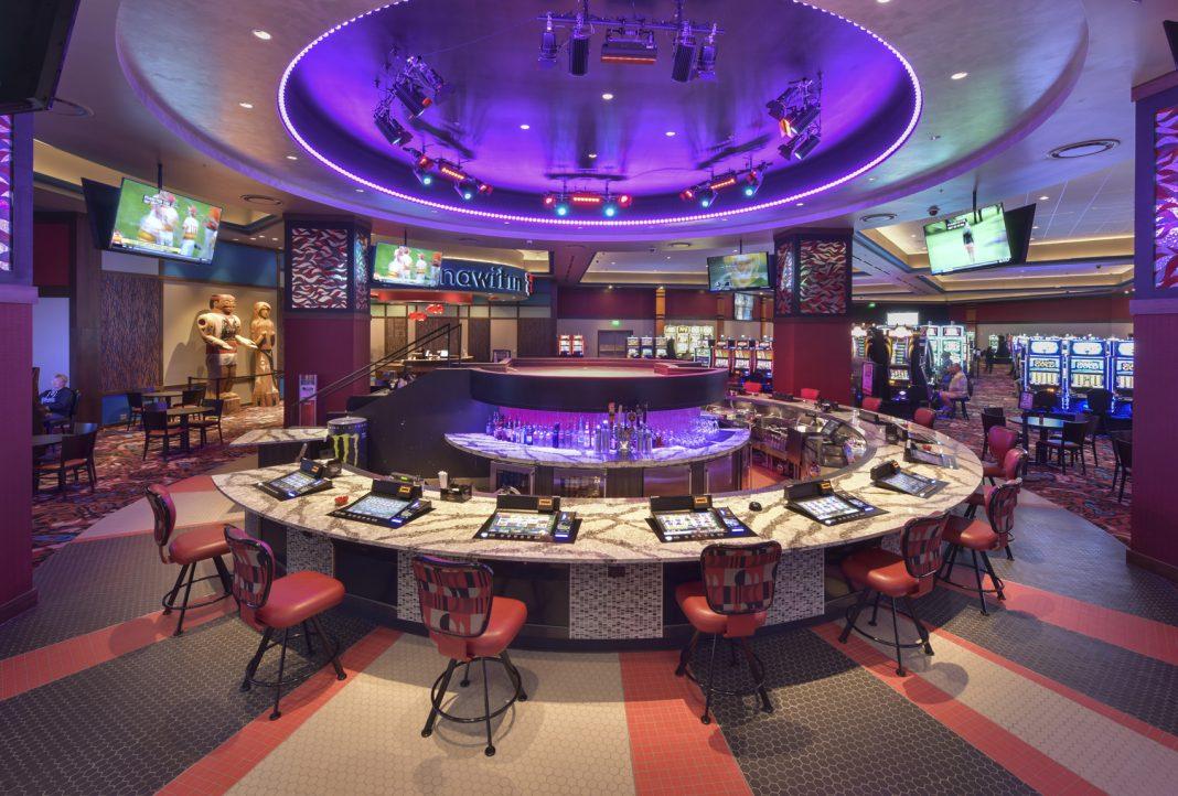 Quinault BEach Resort and Casino Bacon and Keggs Beach Bash cirqle bar