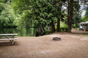 where to camp Montesano Camping at Lake Sylvia via WSP