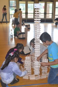 Child Care Action Council Build Off Early Learning Fun Fair Grays Harbor KEVA plank Challenge