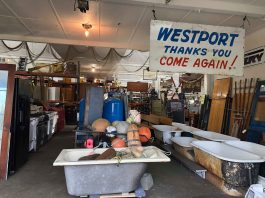 Earthwise salvage Westport sign