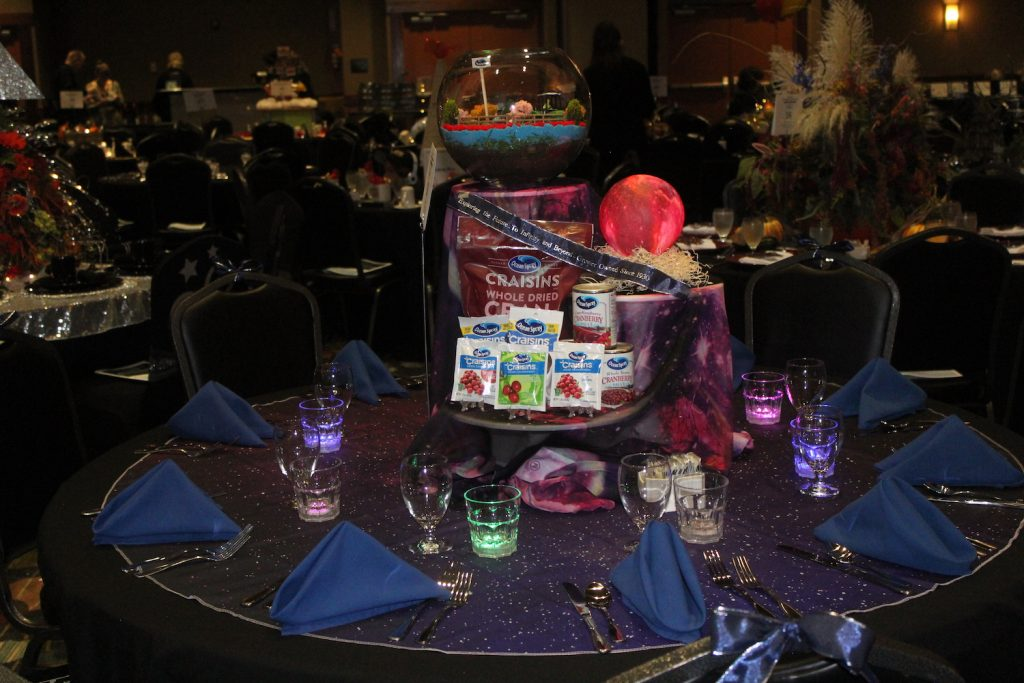 Ocean Spray's decorated table at Leaders Banquet