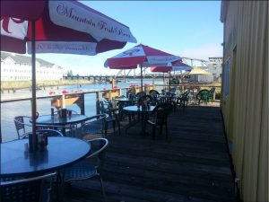 Dog friendly restaurants Grays Harbor Breakwater Seafood and Chowder Aberdeen