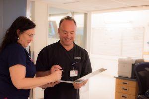 Grays-Harbor-Community-Hospital-Dr-Mendelson-nurse-ER