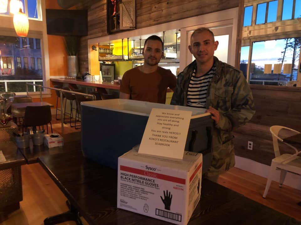 Kokos Restaurant donation-of-gloves-and-burritos-for-ghch