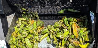 Stormans-Hatch-Chiles-In-the-Roaster a