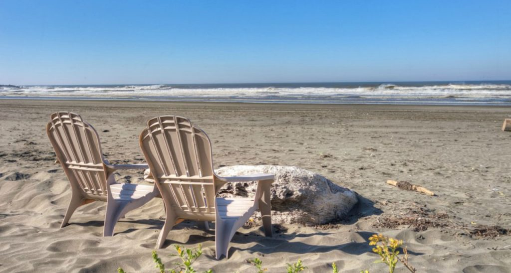 instgram spots ocean shores-chairs-on-beach-