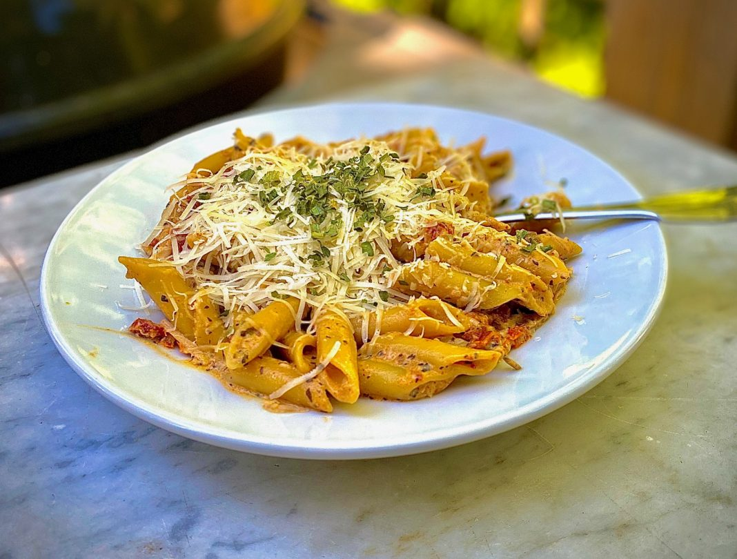 Bayview-School-of-Cooking-Sun-Dried-Tomato-and-Mushroom-Pasta