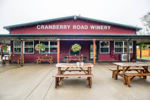 cranberry-road-winery-westport outside