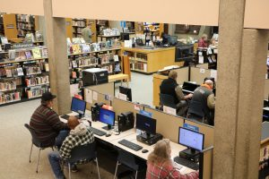 Aberdeen-Timberland-Library-people-at-computers