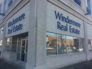 Aberdeen-Windermere-Real-Estate-Outside-Office