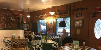 Where to get a beer in Montesano Clarks Restaurant