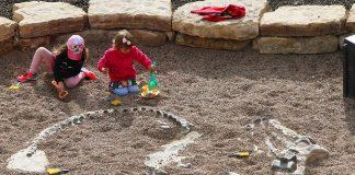 Hands-on-Childrens-Museum-Summer-Splash-Dino-Dig